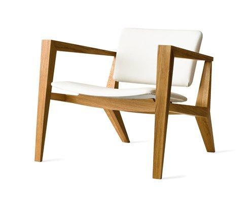 Conica fauteuil is geïnspireerd door design uit de jaren 50, maar met een eigentijdse twist. De proporties van de stoel benadrukken het mannelijk karakter en bieden een aantrekkelijk design #Kinnarps #Skandiform #Conica #Zitbanken