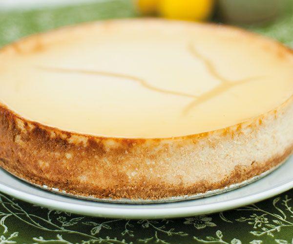 Rezept für veganen New York Cheesecake von Lisa Fabry (Foto: Heidi Linehan_Unimedica-Verlag / Himmlisch vegane Desserts)