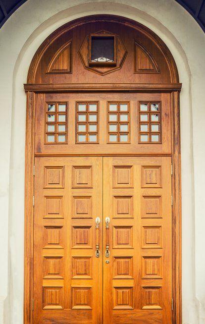 Дверь - это визитная карточка Вашего дома. Она должна быть не только надежной, но и элегантной в своем исполнении. Мастерам GS - это по плечу