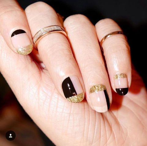15 Christmas and holiday nail art to try this month: