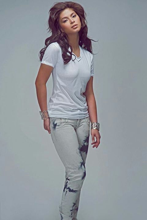 Angel Locsin = simplicity