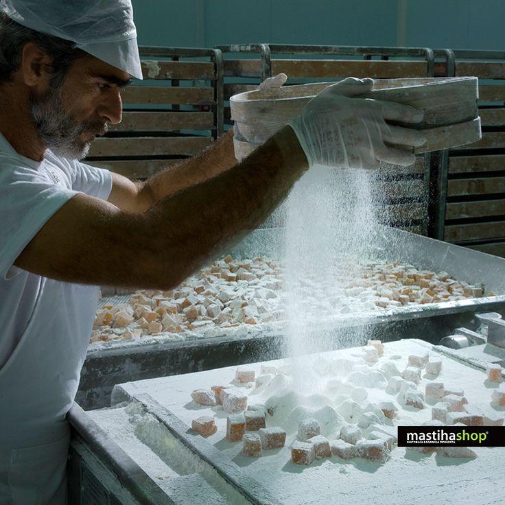 Φτιάχνοντας για εσάς εκλεκτά φυσικά προϊόντα! #mastiha #Greek #products #traditional #snacks #Chios