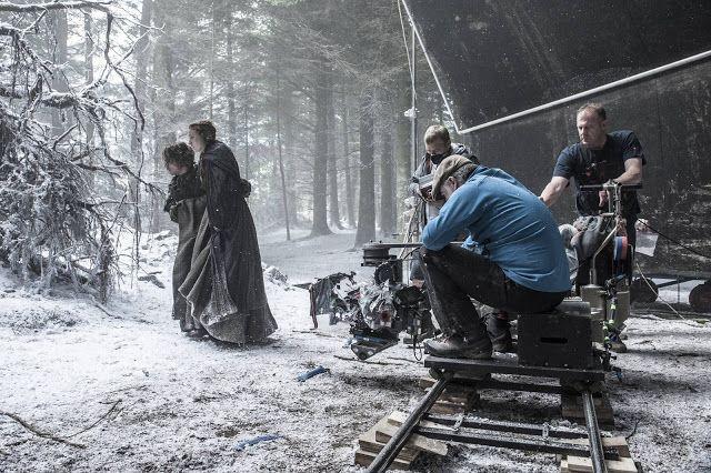 Game of Thrones temporada 6: episodio 1 quién murió? Dónde está Khaleesi? Revive El estreno en vivo!   El rodaje de la sexta temporada de 'Juego de tronos'.  Los estudios donde se rueda la serie en Belfast encierran muchos de los secretos de la sexta temporada.  Game of Thrones está de regreso! En RevoluTegPlus te traemos el recuento en vivo del episodio 1 de la temporada 6 de la serie de HBO estás listo?  Aunque no lo creas el día al fin llegó: el estreno de la temporada 6 de Game of…