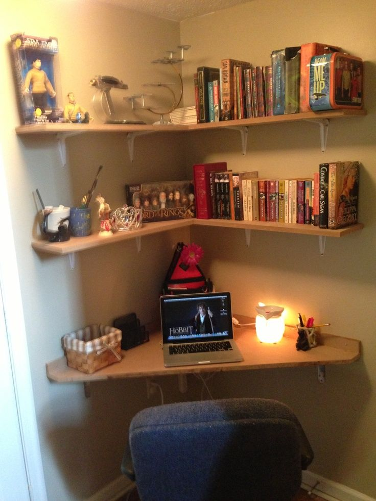 Best 25 corner desk ideas on pinterest corner office desk corner desk diy and craft room desk - Corner desks with shelves ...