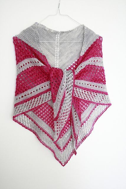 Easy Lace Knitting Pattern. To learn lace knitting, go to…