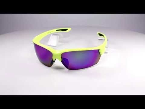 Arctica S-200 A napszemüveg. Vidám színű lencsékkel készül, amelyek ugyanúgy garantálják a napszemüveg termékcsalád minőségét. Ezek a vidám színek, akár a nyári melegben, de a téli szürkeségben illetve vakító fehérségben is vidám színfoltjai tulajdonosuknak. OLVASS TOVÁBB!
