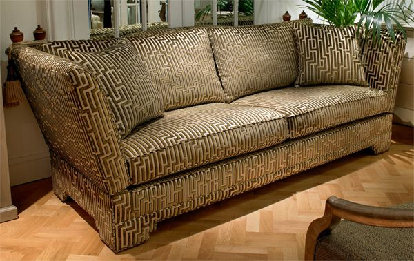 The Pagoda Knole Sofa at Kings of Nottingham for the best selection of Knole Sofas. I really would like one of these.