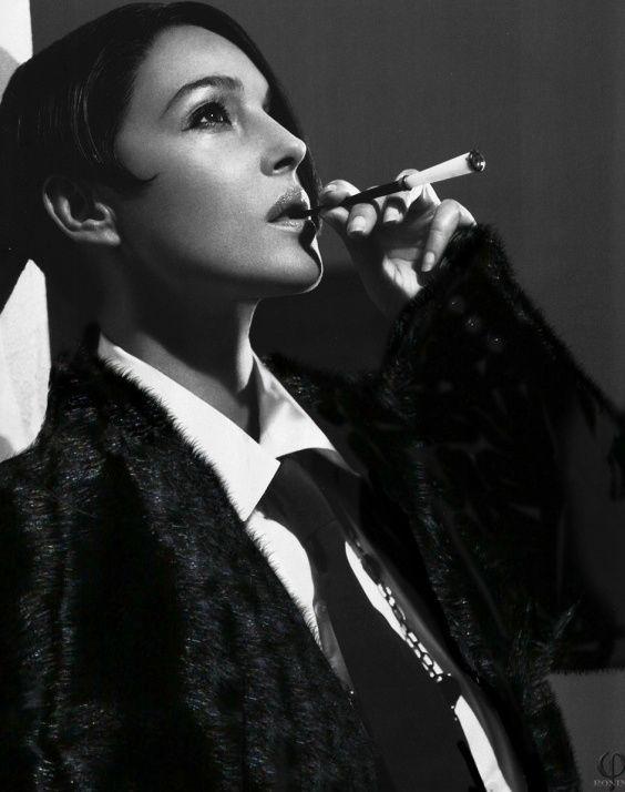 выиграла стартовый фото курящих красивых актрис протертые ягодки протереть