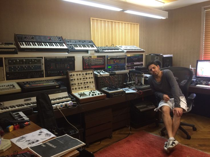 1000 images about music studio on pinterest dj gear for Classic house synths