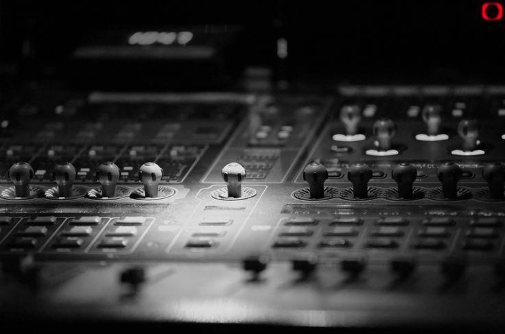 Table de mixage N&B