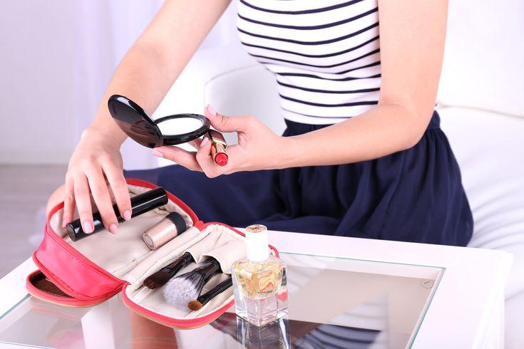 Yli+puolet+miehistä+ajattelee+naisten+meikkaavan+vain+huijatakseen+ulkonäkönsä+suhteen