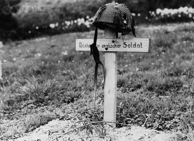 The grave of an unknown British Airborne soldier marked by ...