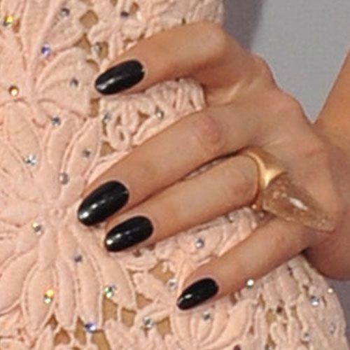Kesha Nägel | Stehlen ihren Stil | Seite 9 #AcrylicNailsShort #squovalnails #acrylic … – squoval nails