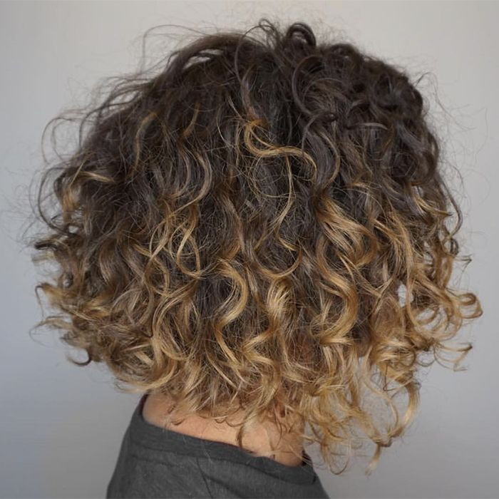 How to Make Your Curly Life Simpler, According to an Expert Curl Stylist