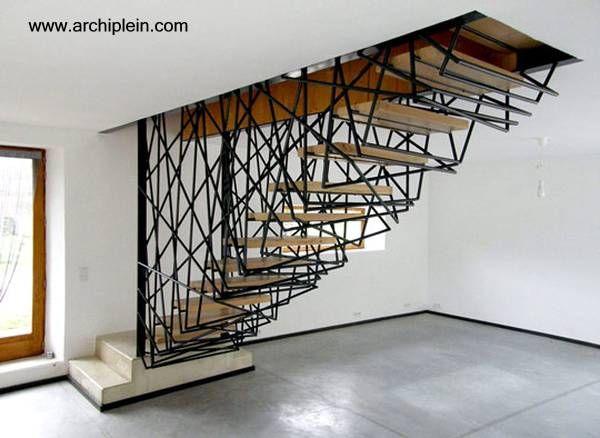 escalera-interior-pendiente-del-cielorraso-Francia.jpg (600×438)