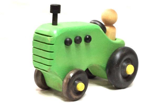 Tracteur jouet bois John D.. d'inspiration par aewoodentoys sur Etsy