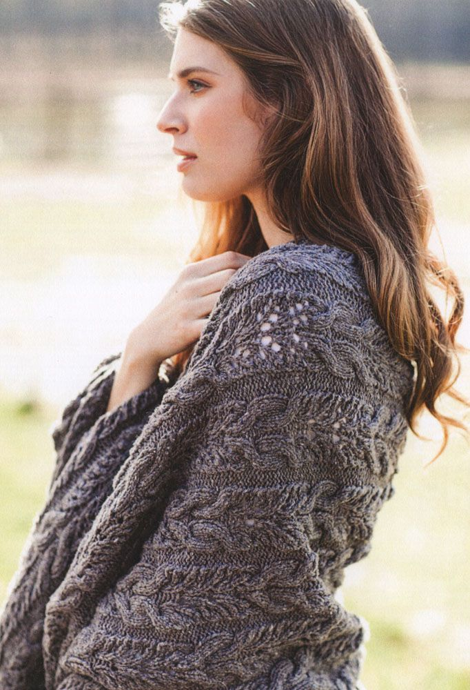 Wheaten from Brooklyn Tweed: Make this richly textured knit in any size, from cozy scarf to generous throw, and in either weight, fingering or worsted!