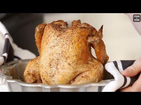 Video: Ako pripraviť perfektné kurča? Dajte ho do formy na bábovku!