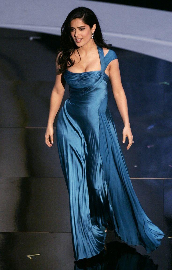 Salma hayek wet dress pictures