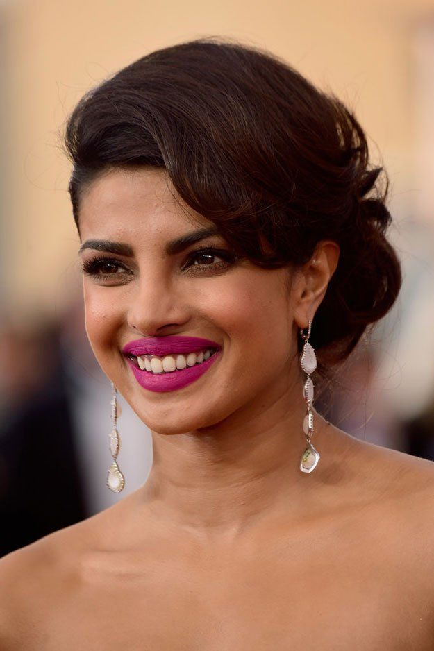 Priyanka Chopra at the SAG Awards 2016 | Best Celebrity Eyebrows Of 2016, check it out at http://makeuptutorials.com/best-celebrity-eyebrows-makeup-tutorials