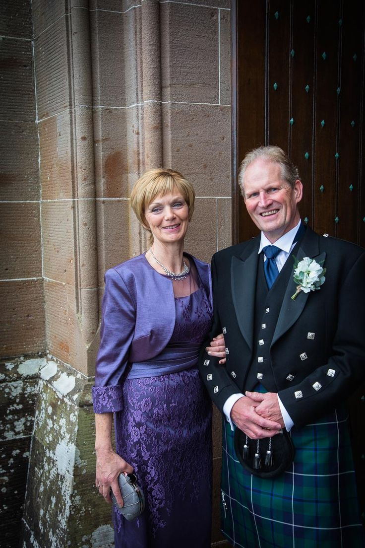 A Classy Lilac Mother Of The Bride Outfit Scottish Wedding At Seamy Culzean