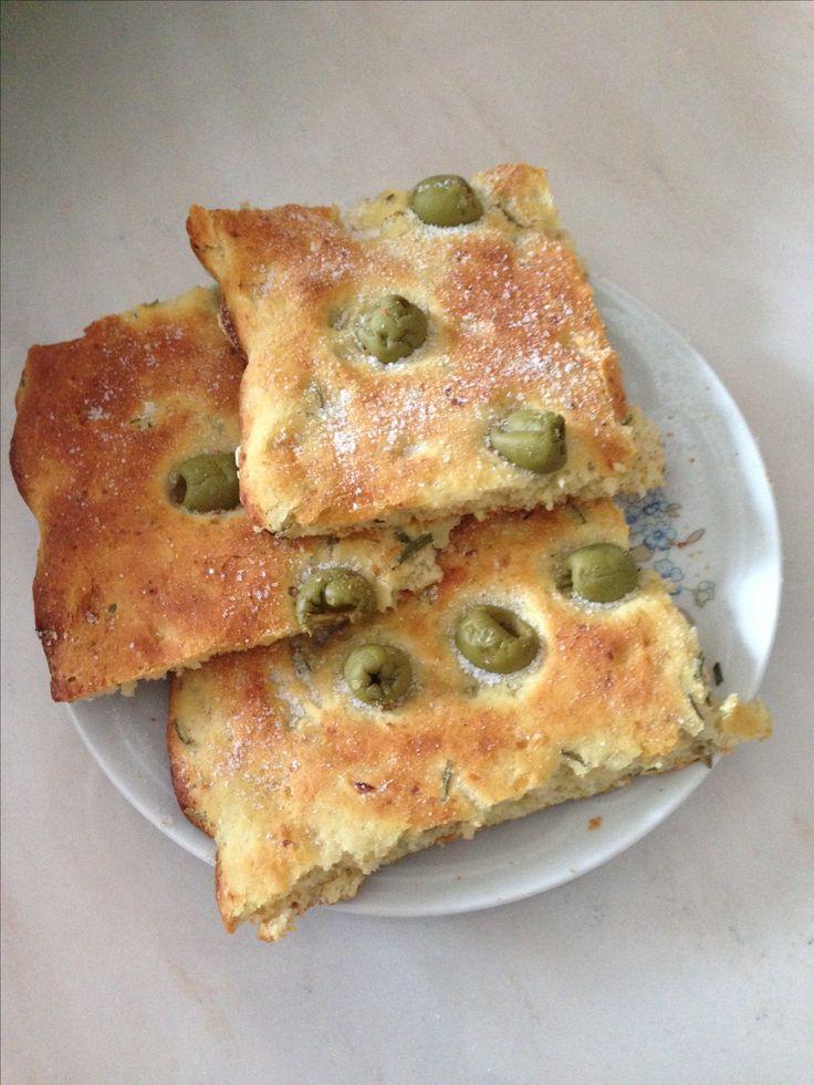 Focaccia con patate ed olive