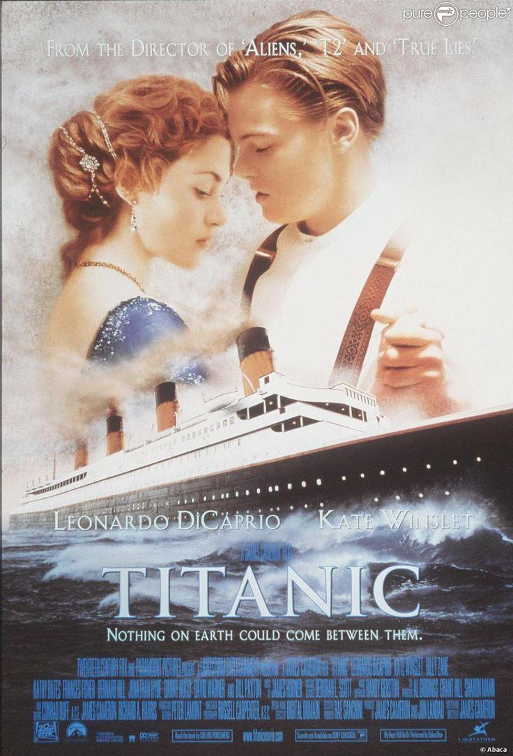 Kate Winslet et Leonardo DiCaprio sur l'affiche de Titanic.