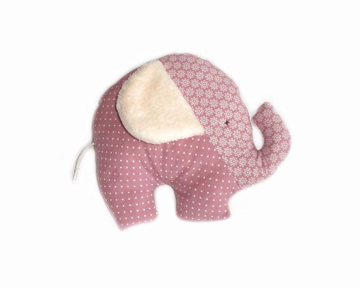 Elefante in tessuto di cotone di LutteLuud su DaWanda.com