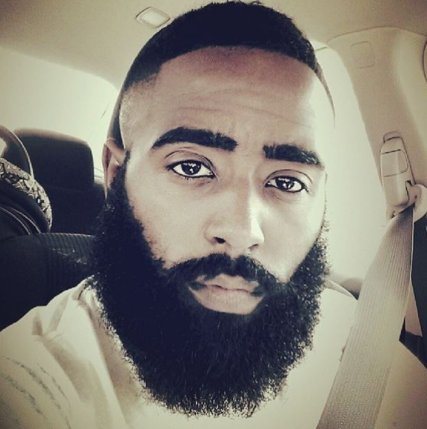 In honor of this month, and our appreciation of fine men with fine facial hair, here are 11 everyday men on Instagram who look damn good with a beard. | Page 2
