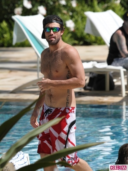 Brody Jenner spotted shirtless in Hawaii