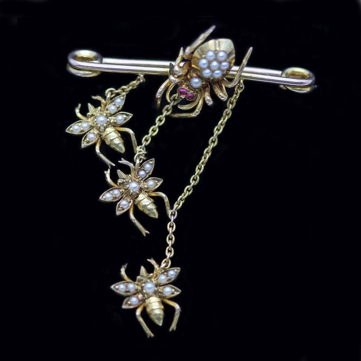 Antique Gold Pearl Spider & Fly Brooch Safety Pin Early 20C (5238) by BestOldJewelry on Etsy https://www.etsy.com/uk/listing/223394287/antique-gold-pearl-spider-fly-brooch