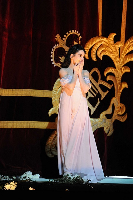 """Tamara Rojo taking her final curtain call after a performance """"Marguerite and Armand"""" - 2012/13"""