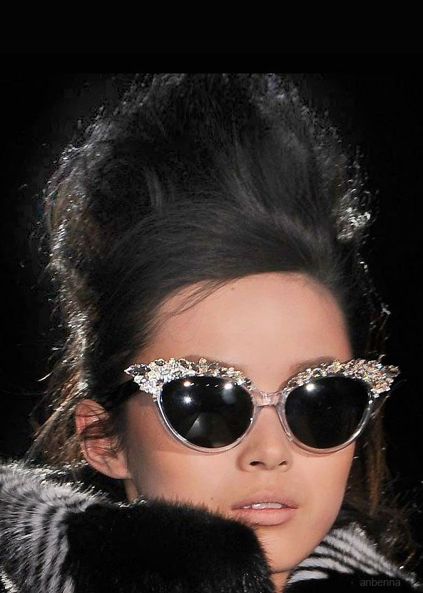 Dsquared2 love hair and glasses !