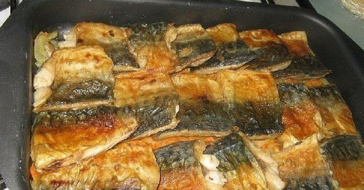 Macrou la cuptor - o rețetă deosebită, datorită combinației originale de pește și smântână! - Retete-Usoare.eu
