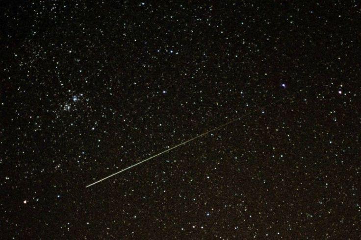 No se pierda esta semana la lluvia de estrellas fugaces Usted podrá observar los días 11, 12 y 13 de agosto, si el cielo está despejado, como un grupo de hasta 20 estrellas fugaces caerán por minuto.