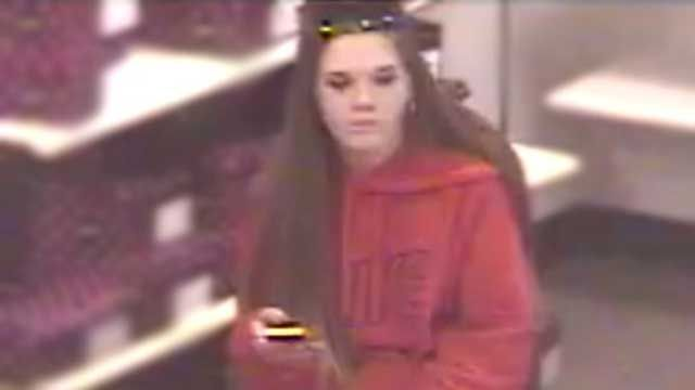 Private Officer Breaking News:  Phoenix police searching for female shoplifter who pepper sprayed loss prevention (Phoenix AZ Jan 20 2017) A loss prevention officer stopped a white female, 25 years old, 5 feet 7 inches tall and 120 pounds outside the store, when she pepper-sprayed the officer, and  got into a truck that was being driven by a man. The vehicle is a black 1986 Ford truck with Arizona license plate BSM8669.