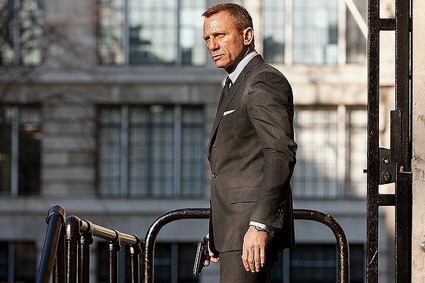 Daniel Craig in SkyfallJames Of Arci, Jamesbond, Daniel Craig, Fashion Advice, Boxes Offices, Danielcraig, James Bond, Downpour, Tom Ford