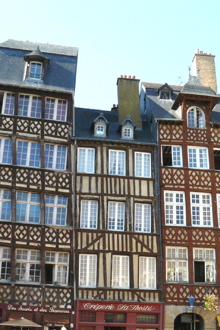 Vakwerkhuizen in de oude stad van Rennes, Bretagne, Frankrijk