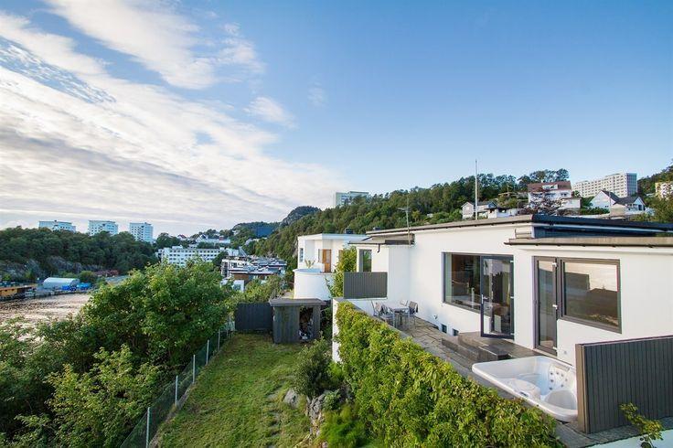 FINN – Ytre Sandviken - Moderne funkisbolig med nydelige sol- og utsiktsforhold…