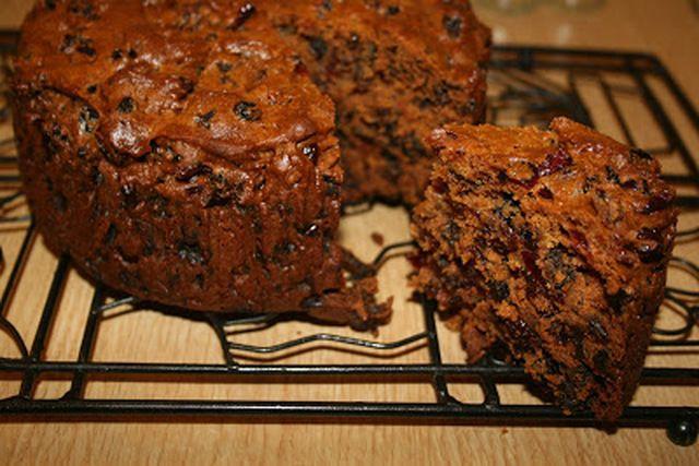Mary Berry S Quick Boiled Fruit Cake Mytaste Co Uk