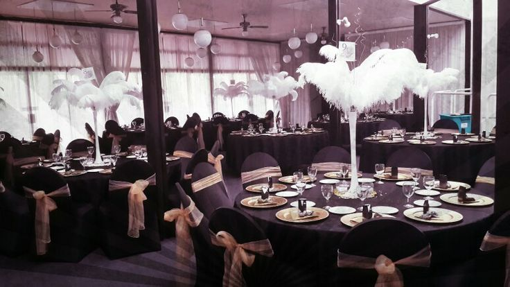 Great Gatsby Table Decor