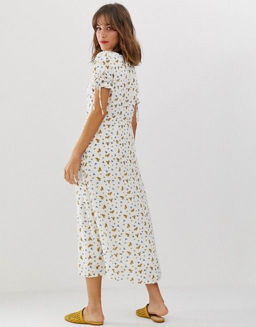 c18ddc495a83 Vero Moda square neck ditsy floral maxi tea dress in 2019 | TIPS FOR ...