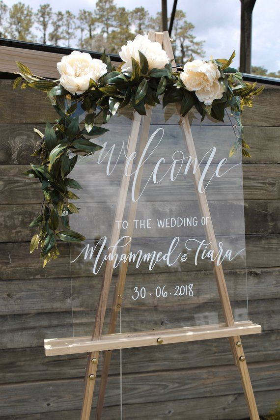 Acrylic Wedding Sign, Wedding Welcome Sign with Personalized Names & Date, Modern Vintage Weddings, Lucite Signs – G6