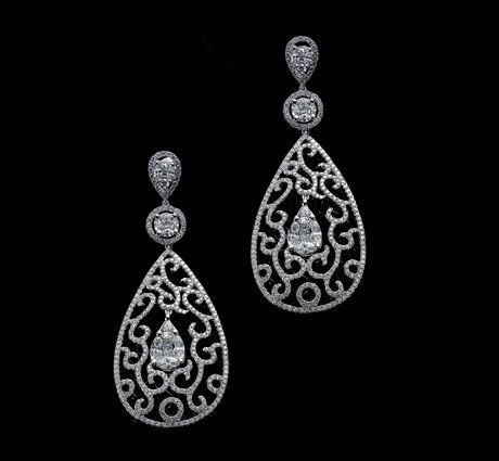 KESSARIS  Earrings in white gold with diamonds