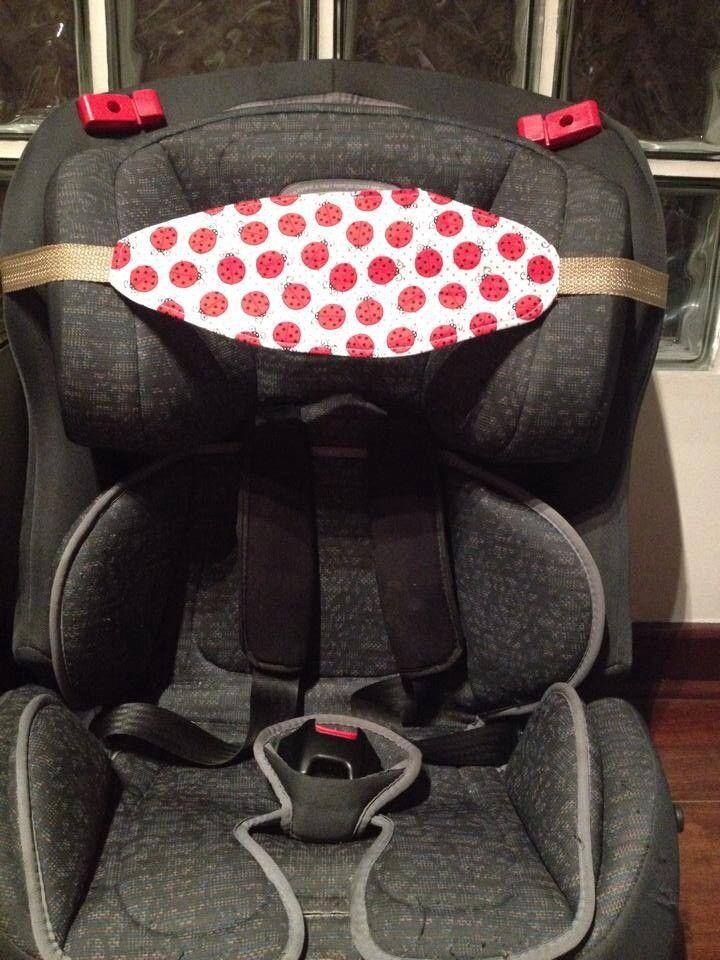 A Faixa Soneca Infantil alivia a tensão do pescoço para crianças com sono, para passeios de carro na hora de dormir e longas viagens. <br> <br>valor da unidade: R$ 25,00 <br> <br>Solicite as estampas