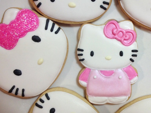 Hello Kitty Cookie Set of 12 by Pinkfrostingca on Etsy, $27.00