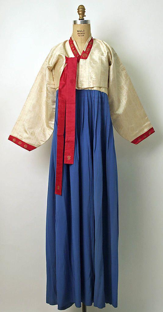 Korean wedding ensemble ca. 1875-1938
