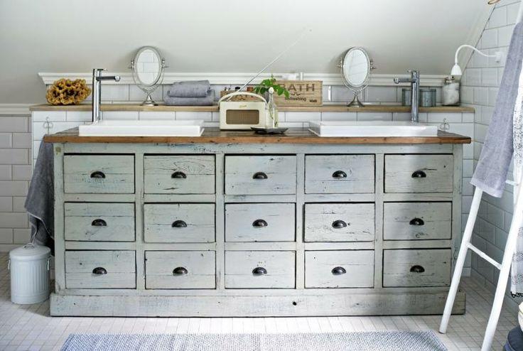 I kjøpmannsdisken fra Home og Cottage er det plass til hele familiens badromsartikler.