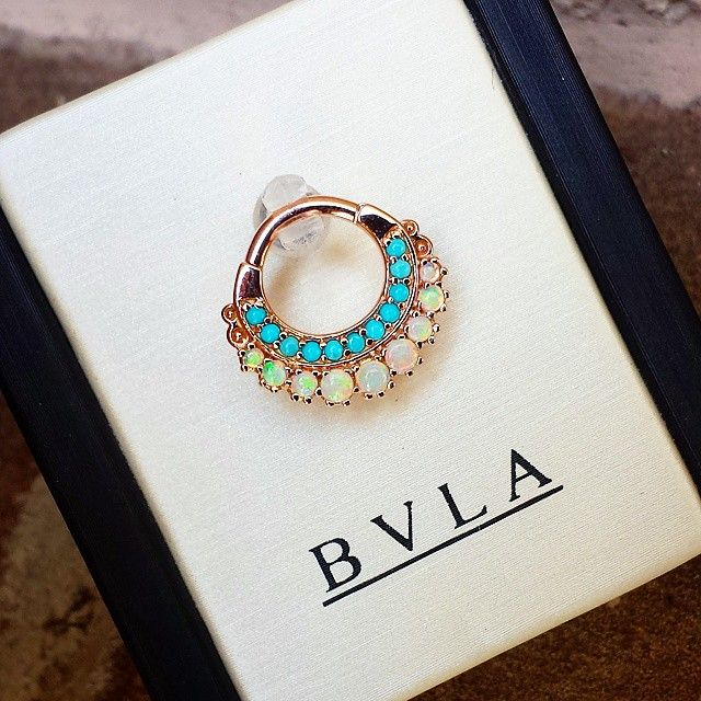 Yesterday, this gorgeous rose gold Marilyn ring found a new home.  Genuine turquoise and white opals.... By @bvla, of course!