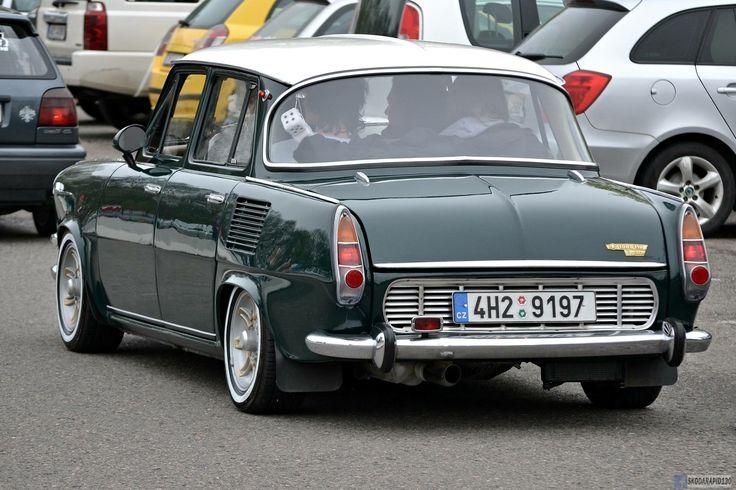 Škoda MB1000 Sedan